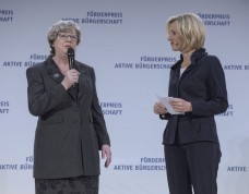 A. Sonnenberg mit Petra Gerster (Foto: Kai Bienert)