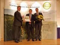 Dr. Matthias Gleis nimmt den Preis entgegen