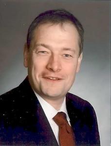 Dr. Matthias Gleis