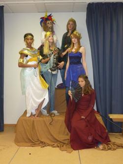 Kostüme für Pestalozzi-Theater-AG