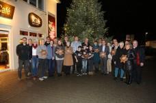 Die Spendenempfänger mit Familie Rutz (Foto: H. Pfeifer)